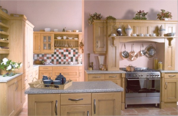 The Turnberry Pippy Oak kitchen design is available from Gee's Kitchens, Wardrobes & Flooring of Kildare.
